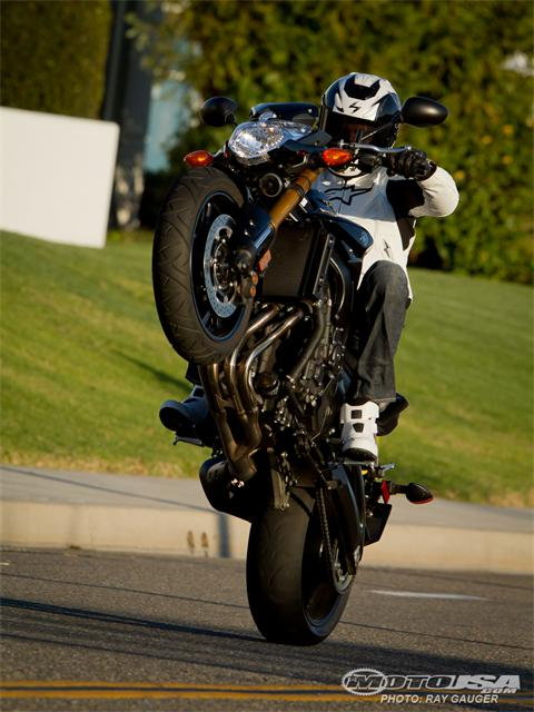 FZ-08 vs FZ-09   :-)-11_234_shootout-66.jpg