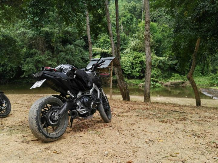 Yamaha FZ09 Photo of the Day!-1480859101035.jpg