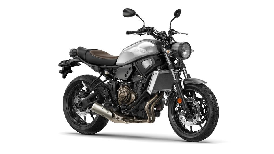 2016 FZ09, FZ07, & XSR900 Pricing and Availability Announcement-2016-yamaha-xsr700-eu-garage-metal-studio-001.jpg