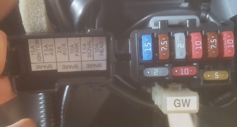 Plug Fuse Box Trusted Wiring Diagrams Peugeot 207 Cigarette Lighter 2017 Fz 09 Accessory Plugs Light