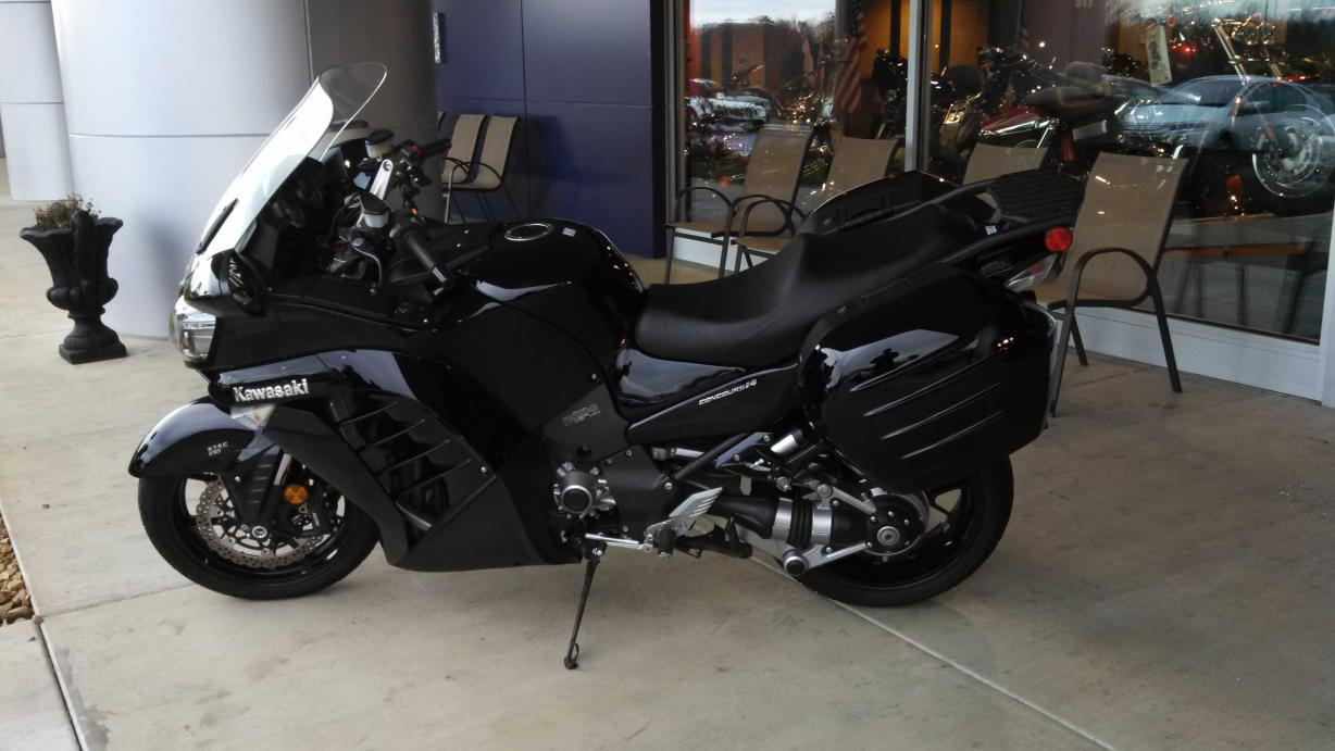 Post a picture of your other bike(s), or a previous favorite-img_20131214_143229_848-small.jpg