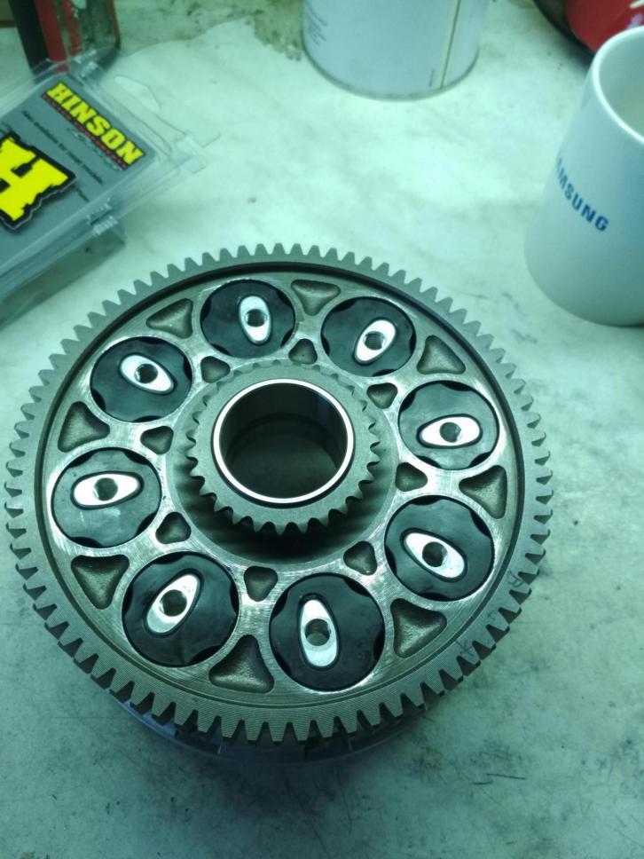 Yamaha FZ/MT 09 clutch buzz/noise/vibrations. How I repair it.-img_20170929_174923_1506828361300.jpg