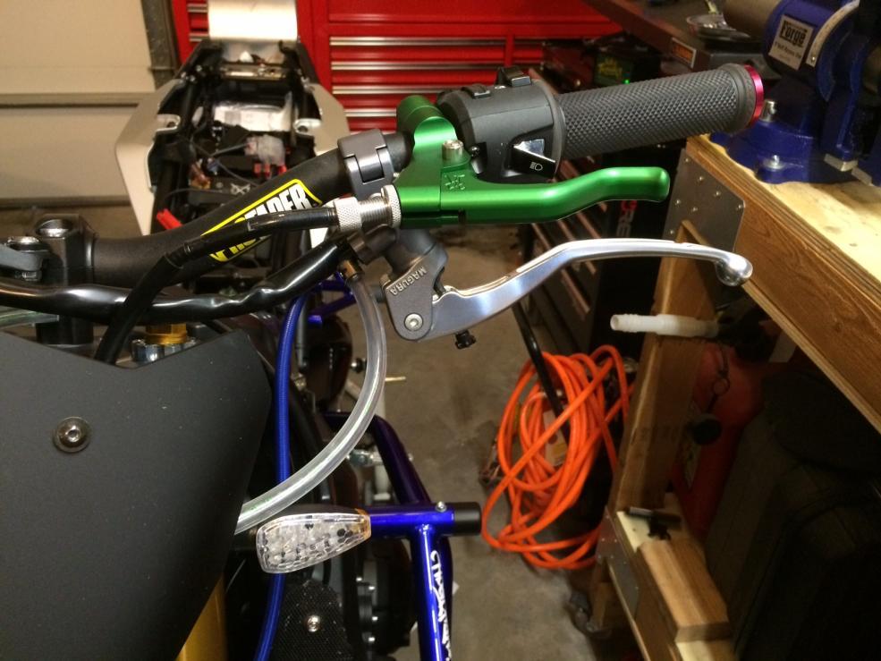 D Fz Stunt Build Img on Dual Brake Master Cylinder