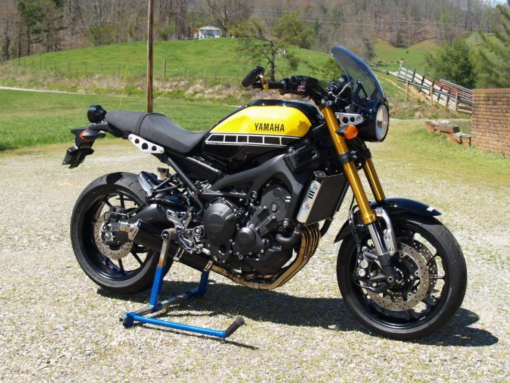 XSR900 Black Widow Exhaust