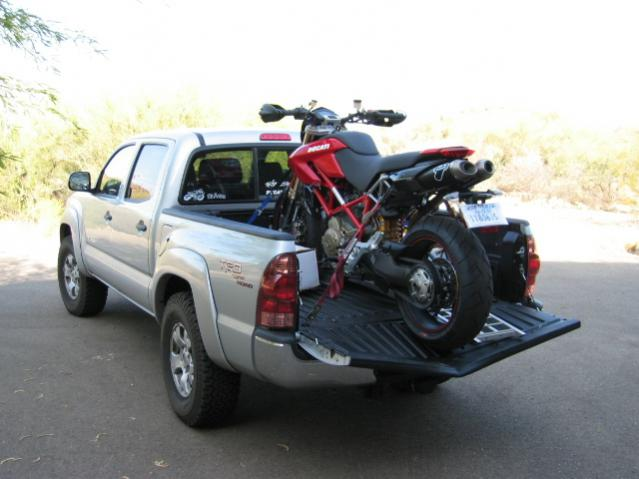 Guitar1616's XSR900 [Never-ending] Build...-taco-d-tailgate.jpg