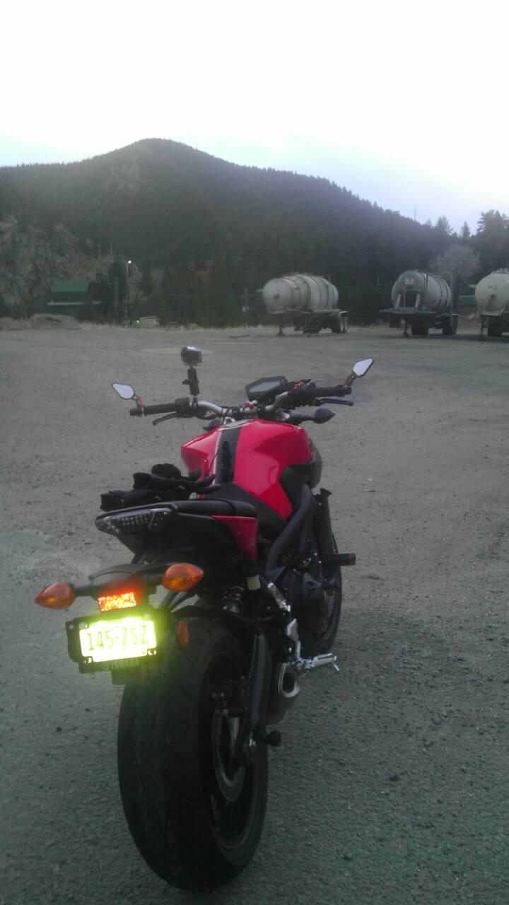 Yamaha FZ09 Photo of the Day!-uploadfromtaptalk1384651673586.jpg